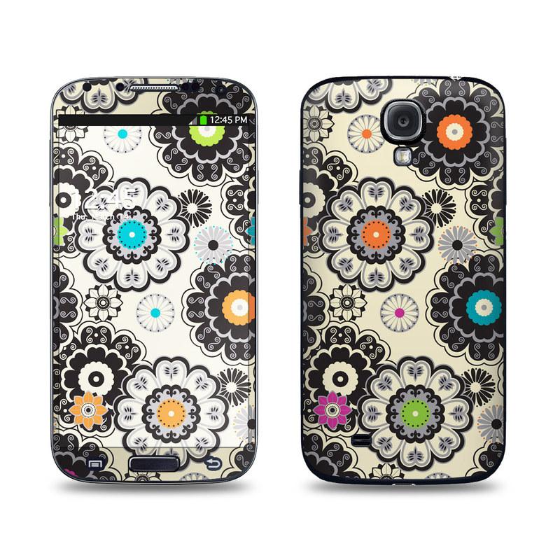 Nadira Galaxy S4 Skin