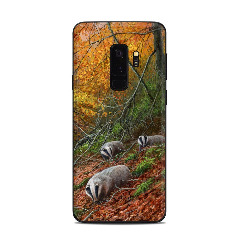 Samsung Galaxy S9 Plus Skin design of Nature, Natural landscape, Woodland, Autumn, Natural environment, Tree, Forest, Deciduous, Wildlife, Leaf with yellow, red, green, gray, orange colors