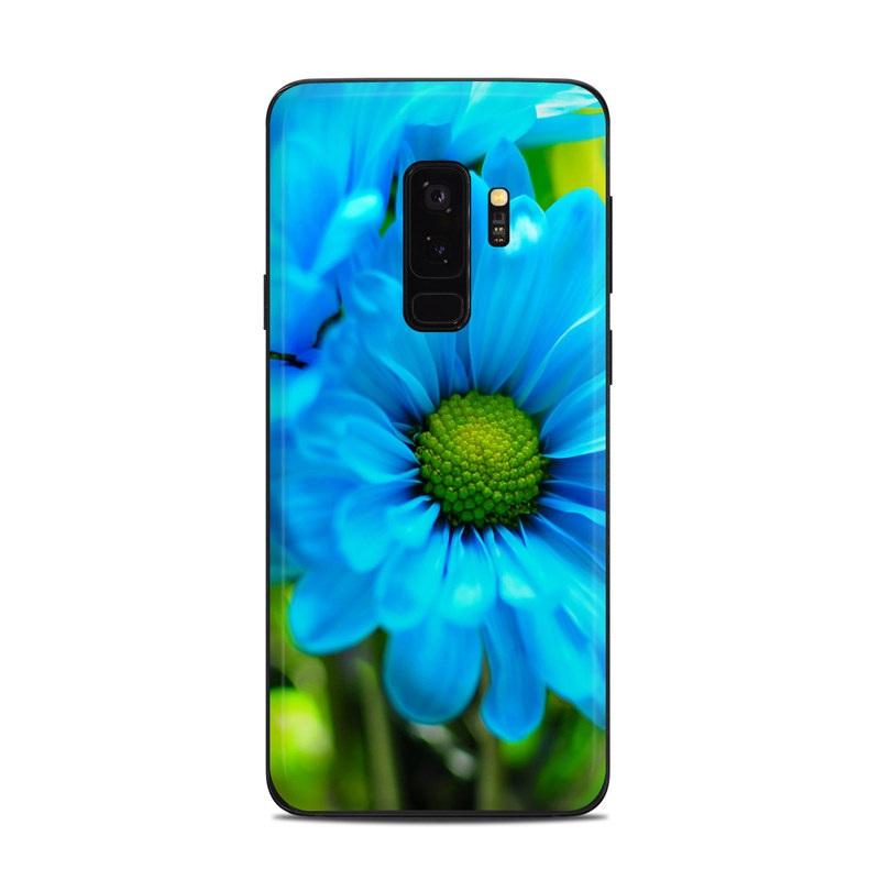 Samsung Galaxy S9 Plus Skin design of Blue, Flower, Petal, Green, Plant, Cobalt blue, Yellow, Flowering plant, Gerbera, Electric blue with blue, black, green colors