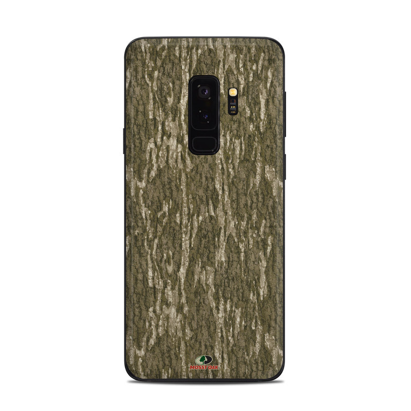 Samsung Galaxy S9 Plus Skin design of Grass, Brown, Grass family, Plant, Soil with black, red, gray colors