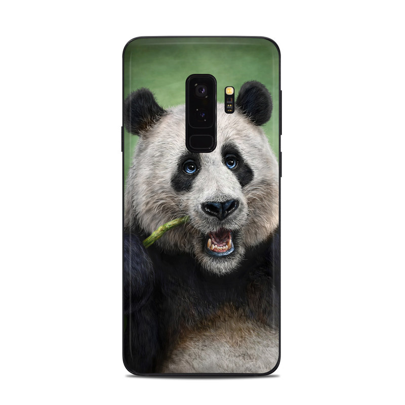 Samsung Galaxy S9 Plus Skin design of Mammal, Vertebrate, Terrestrial animal, Nose, Snout, Bear, Carnivore, Organism, Eye, Wildlife with black, white, green colors