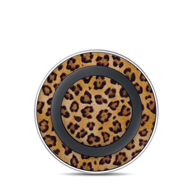 Samsung Wireless Charging Pad Skin design of Pattern, Felidae, Fur, Brown, Design, Terrestrial animal, Close-up, Big cats, African leopard, Organism with orange, black colors