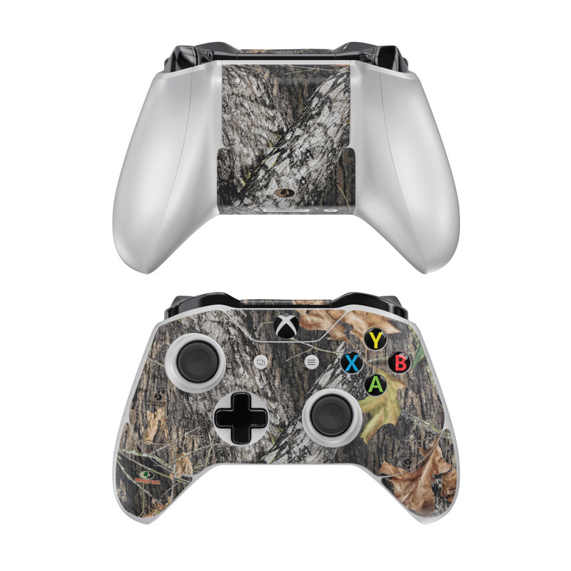 Xbox One Controller Skin design of Leaf, Tree, Plant, Adaptation, Camouflage, Branch, Wildlife, Trunk, Root with black, gray, green, red colors