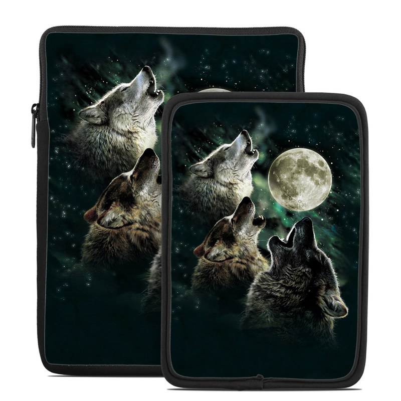Tablet Sleeve design of Wolf, Light, Astronomical object, Moon, Wildlife, Organism, Moonlight, Sky, Atmosphere, Celestial event with black, gray, green colors